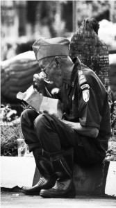 A litter of tears for the forgotten heroes. Sebuah gambar dari tulisan Asvi Warman Adam, Sejarawan LIPI.