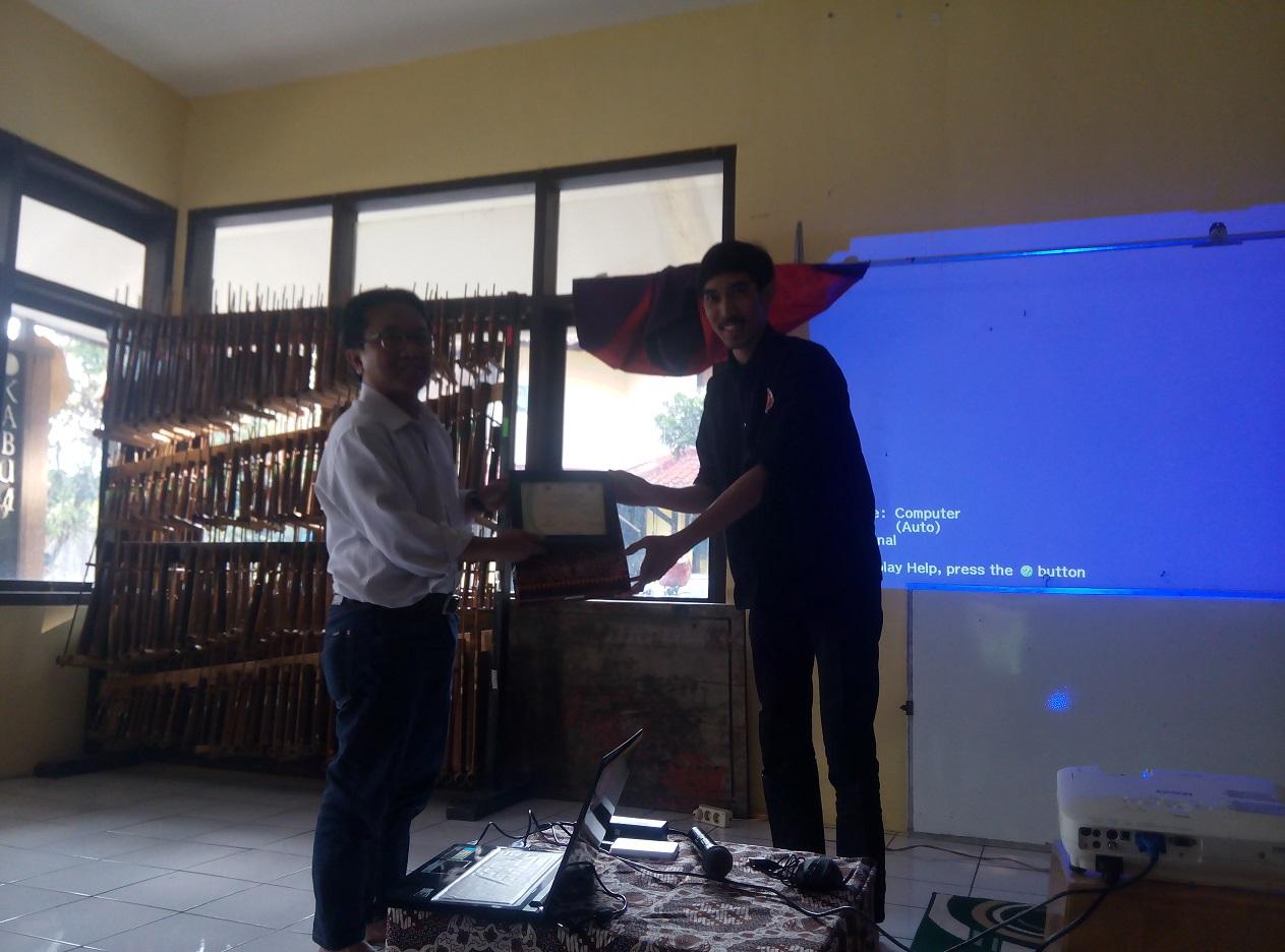 Kabumi UPI Menggelar Latihan Dasar Manajemen